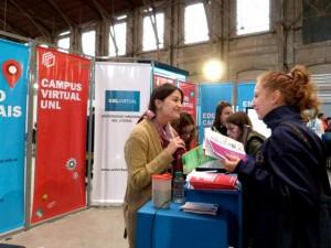 """""""Cómo curso a distancia"""" fue la consulta más frecuente en el stand de UNLVirtual en Expo Carreras 2015"""