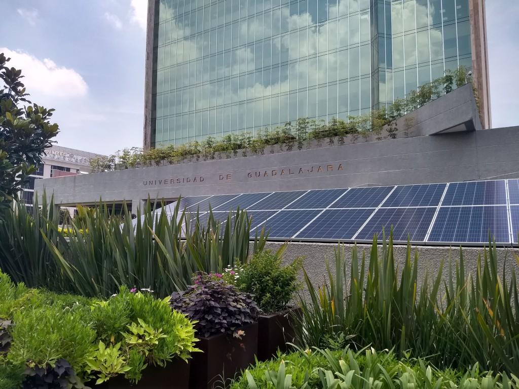 UDG - Edificio-min
