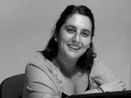 #Experiencia UNL Virtual | Entrevista a Camila Paris, alumna del Ciclo de Licenciatura en Artes Visuales